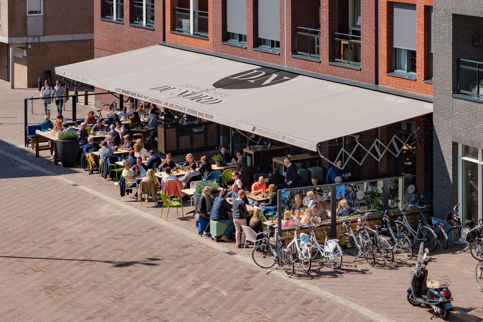 Grand Cafe Du Nord Kaatsheuvel terras